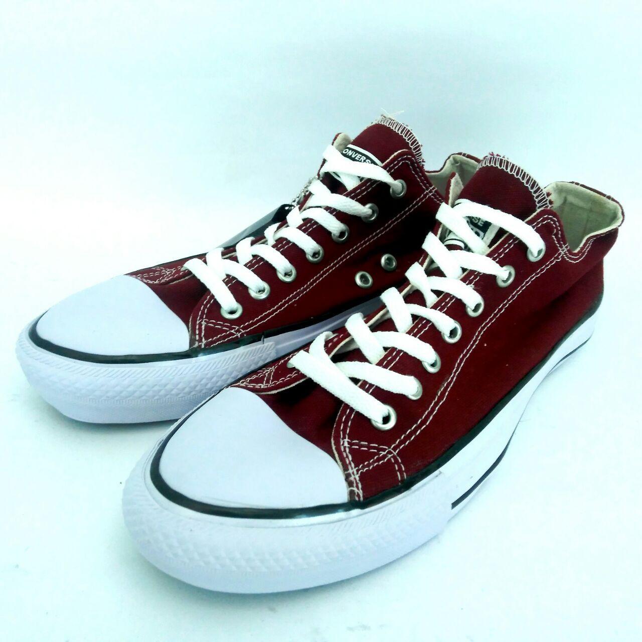 Sepatu Converse All Stars Chuck Taylor