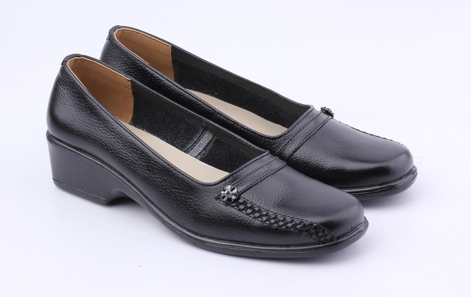 Spesifikasi dari Catenzo Sepatu Pantofel Kulit Wanita - Women Formal Shoes  - Hitam ff014799ef