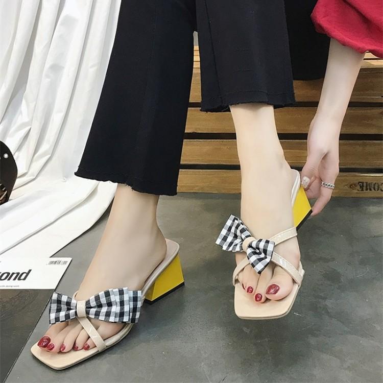 Sandal Korea Fashion Style Perempuan Sepatu Romawi Pantai Di