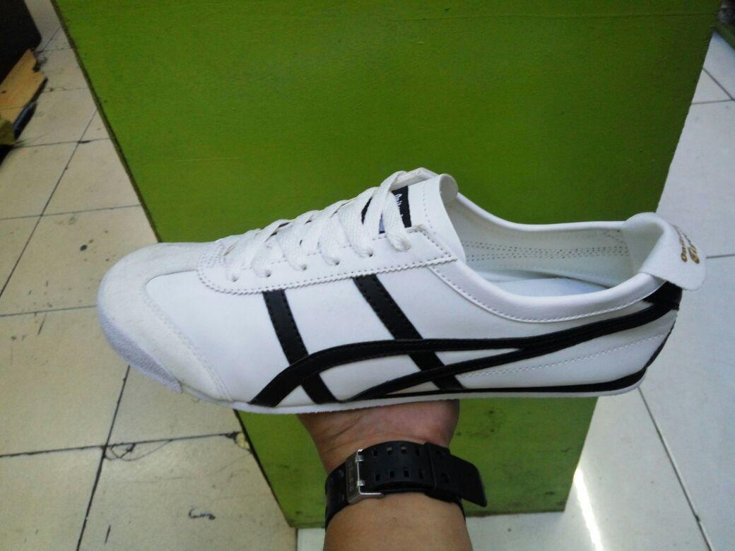 Sepatu sneakers fashion pria asics tiger  best seller