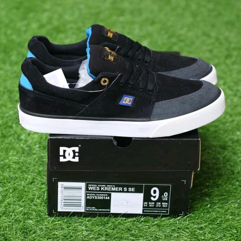 Promo Sepatu DC Kremer s black blue sneaker pria casual Diskon