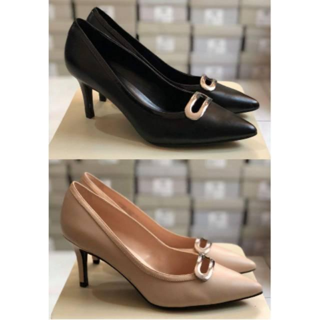 Sale Charles and Keith CK1-90255 shoes ori