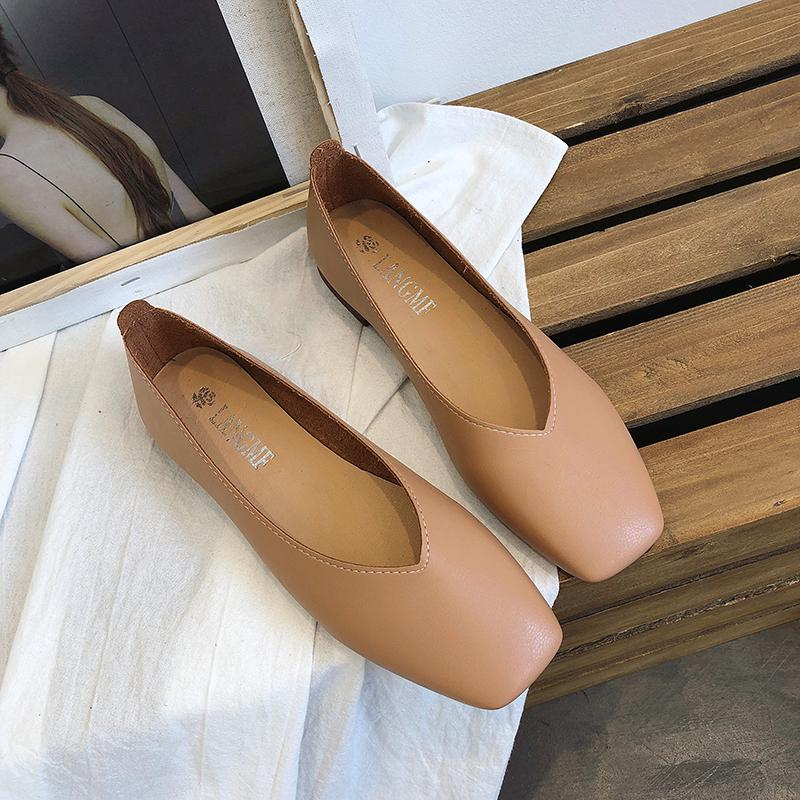 818afbb3fd7d 2019 Street Women s Shoes Square Head Shoes Female Flat Heel Shallow Mouth  Flat Heel Foot Covering