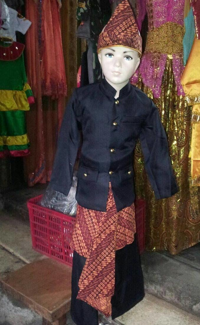 pakaian baju adat jawa barat baju adat sunda iket batik M