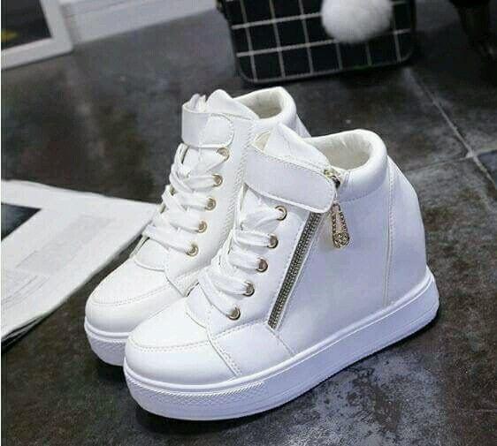 sepatu boot wedges  putih original - sepatu boot best seller - sepatu boot wedges terlaris dan termurah - sepatu boot wedges putih terbaik dan terkini