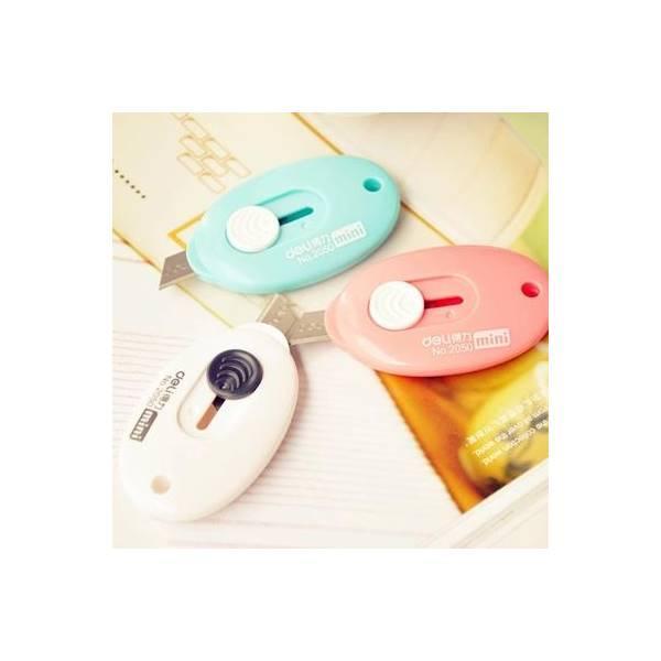 Pisau Pemotong Kertas / Cutter Kecil Berbentuk Oval