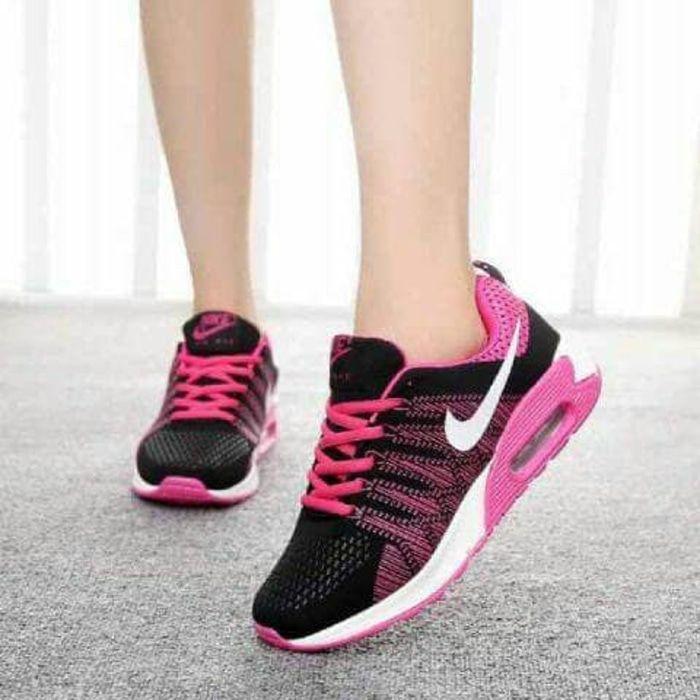 Sepatu Olahraga AIRMAX NIKE AZUMA FANTA Sneakers Casual Warna Merah Muda Untuk Pria dan Wanita