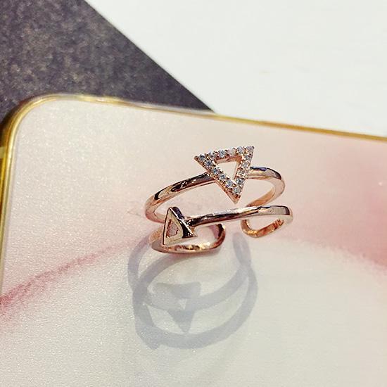 Masuknya orang ke Jepang dan Korea Selatan ganda sentuhan style cincin cincinIDR54100. Rp 54.100