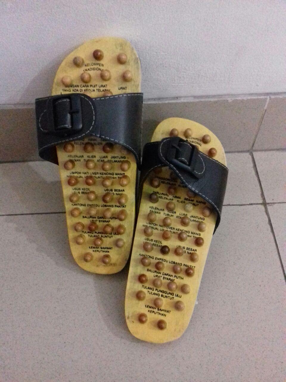 Sandal kayu terapi sendal Slop