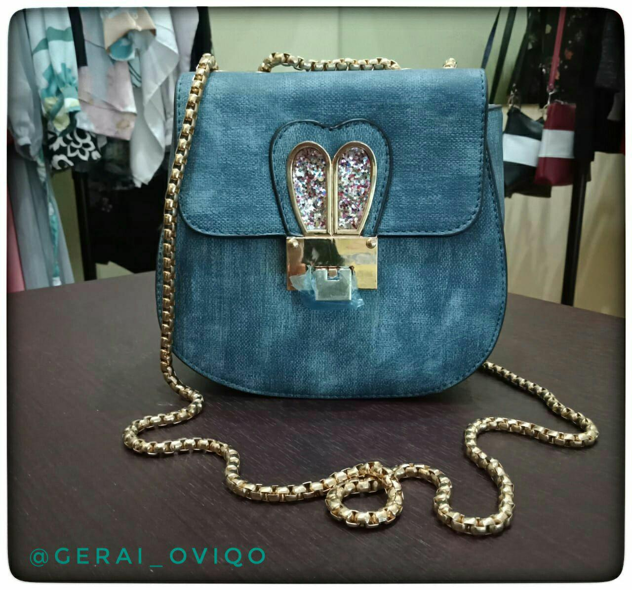 Sling bag blue jeans cantik