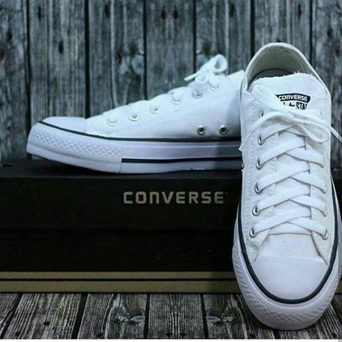 Sepatu sneakers converse all star putih-sepatu casual-sepatu sekolah-sepatu kets