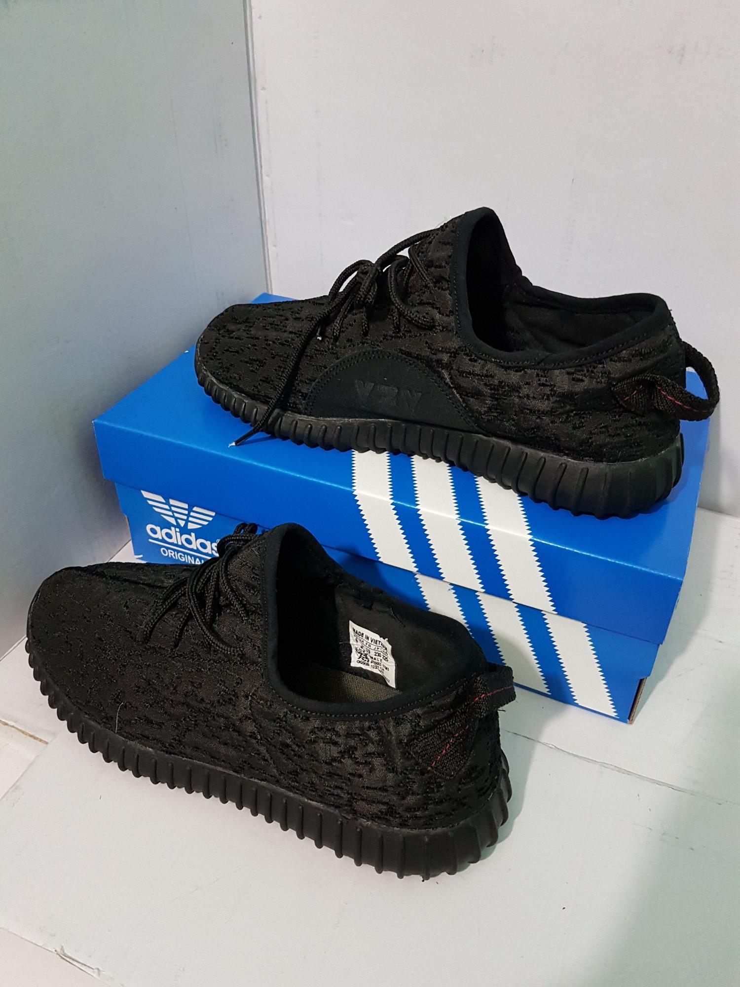 Sepatu adidas yeezy import Quality