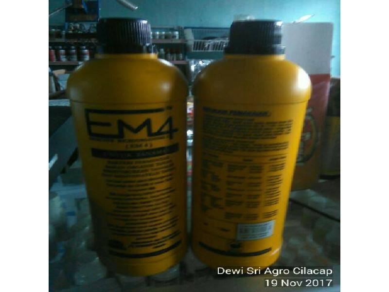 Efective Microorganisms 4 EM4 Pertanian  - Kemasan 1 liter
