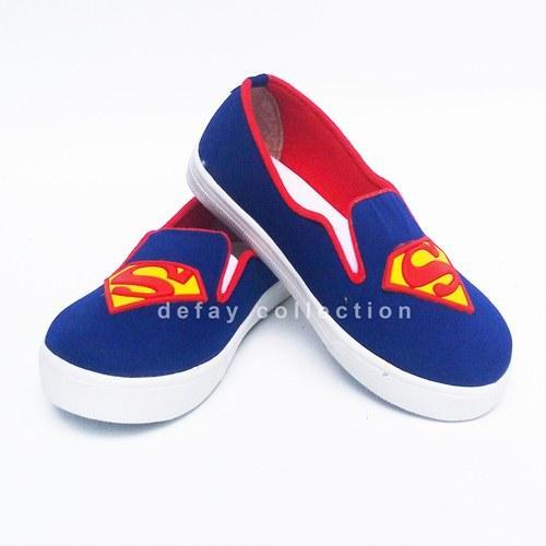 Sepatu Casual Anak Motif Superman