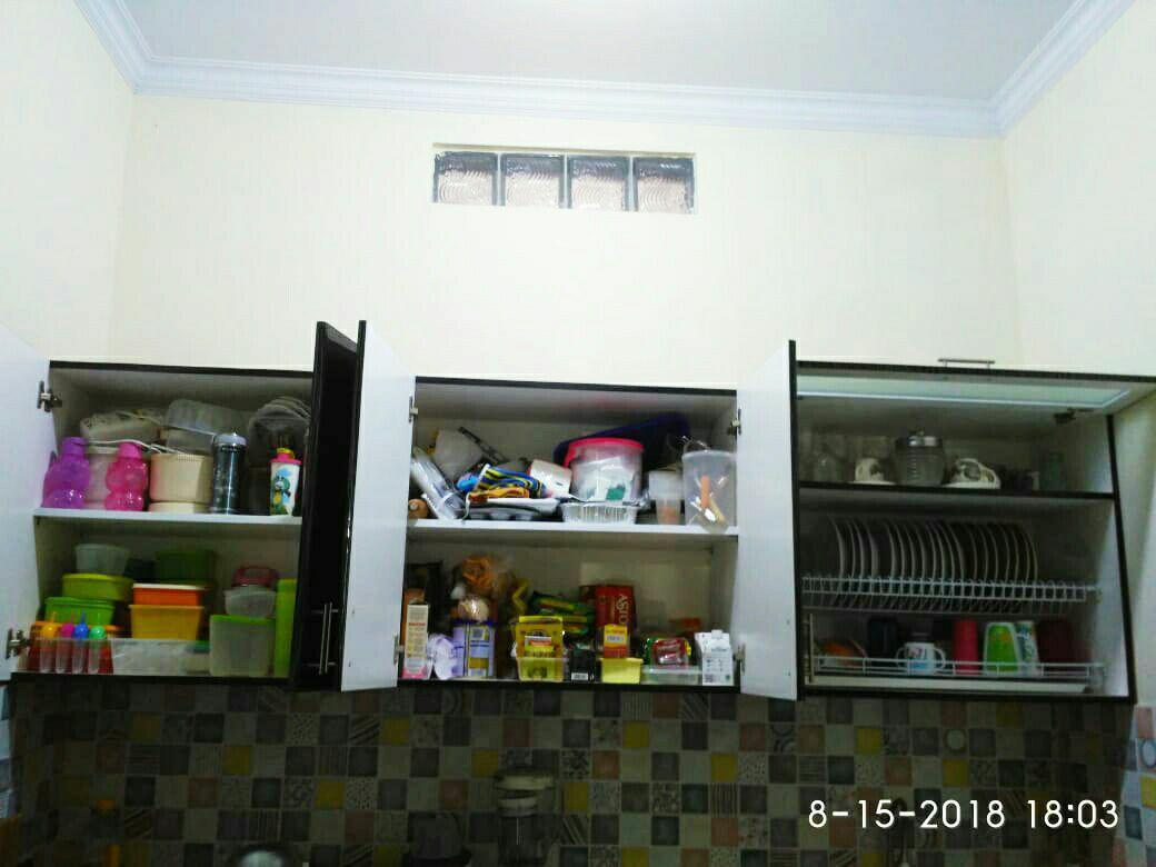 Fitur Kitchen Set Minimalis Finishing Hpl Plus Bonus Rak Piring Dan