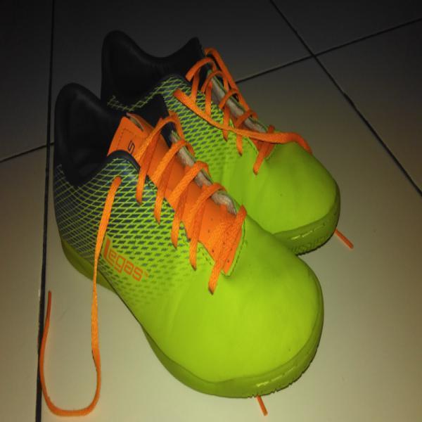 Sepatu Futsal League Original Series Legas Attacanti LA hijau stabilo