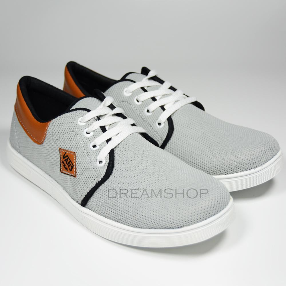 Dream Sepatu Kets Casual Sneaker Pria 003