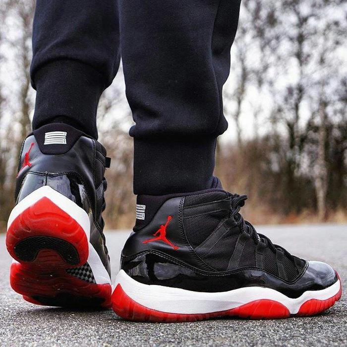 Sepatu Nike Air Jordan Retro 11 BR - Merah, 40