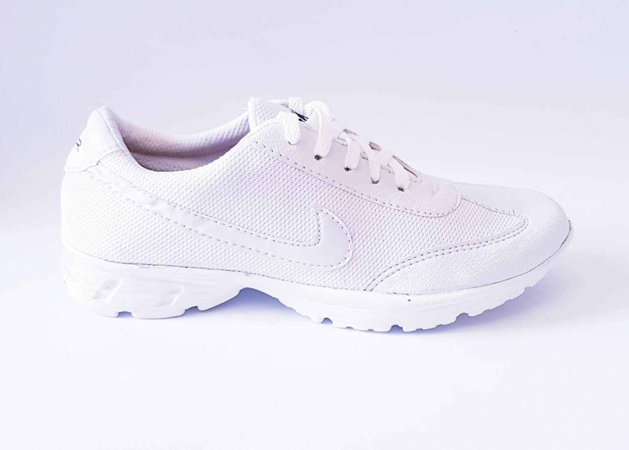 Paoshop Sepatu Putih Polos N-001/ Sepatu wanita / Sepatu Pria / sepatu hitam / sepatu sneakers / sepatu sport / sepatu kets wanita / sepatu wanita / sepatu zumba / sepatu anak / sepatu sekolah / keren / sepatu kanvas