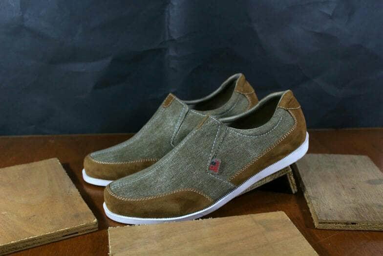 ... Promo Sepatu denim slipon casual Dr becco original kickers lacoste  crocodile Fashion murah - 5 be5f897d40