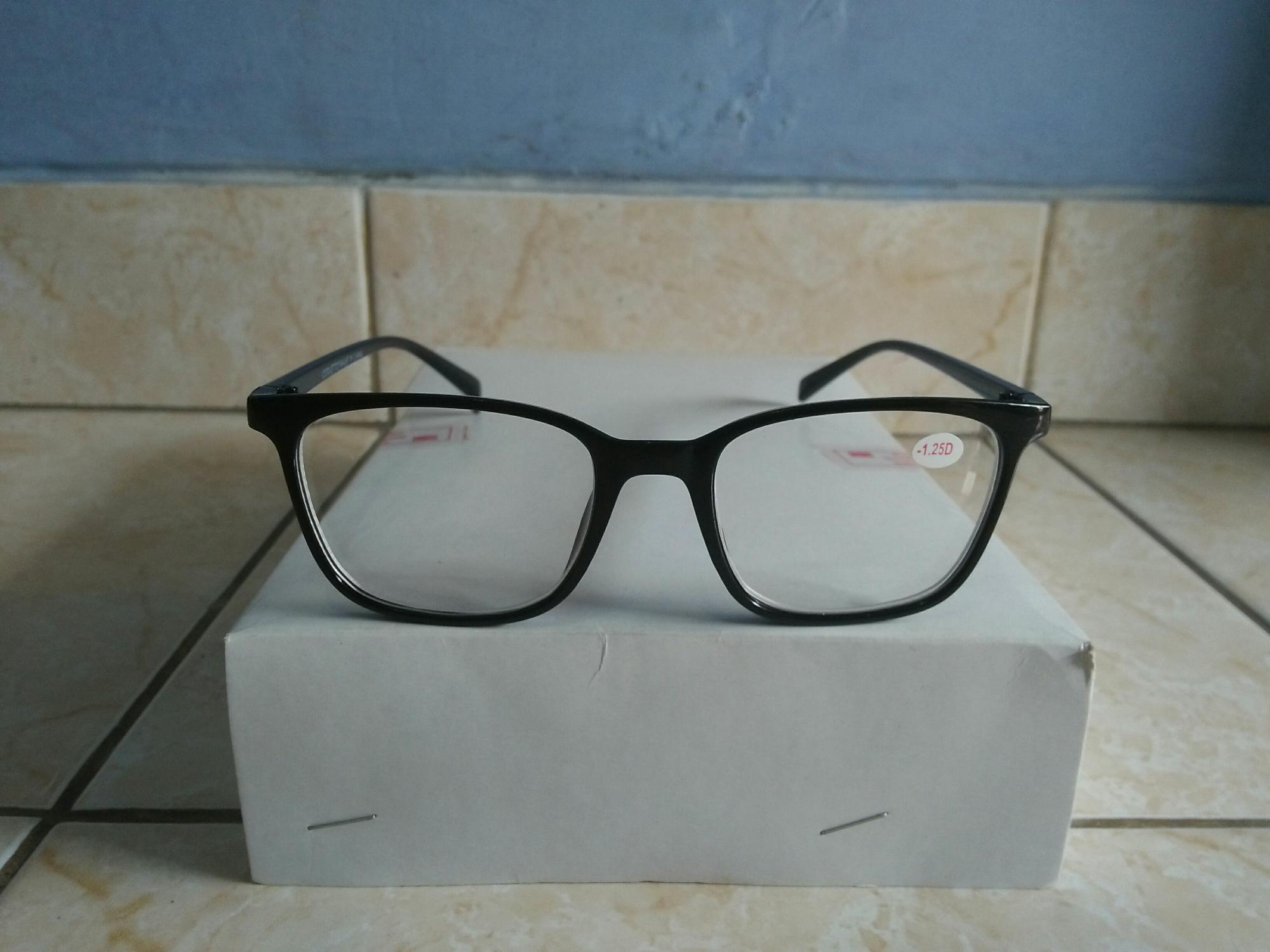 Promo kacamata minus 1.50 kacamata baca persegi hitam trendy dan gaya korea  AI624 e66e240aa0