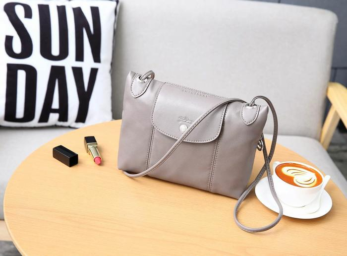 TAS WANITA BRANDED IMPORT LONGCHAMP LE PLIAGE CROSSBODY CL226 MURAH