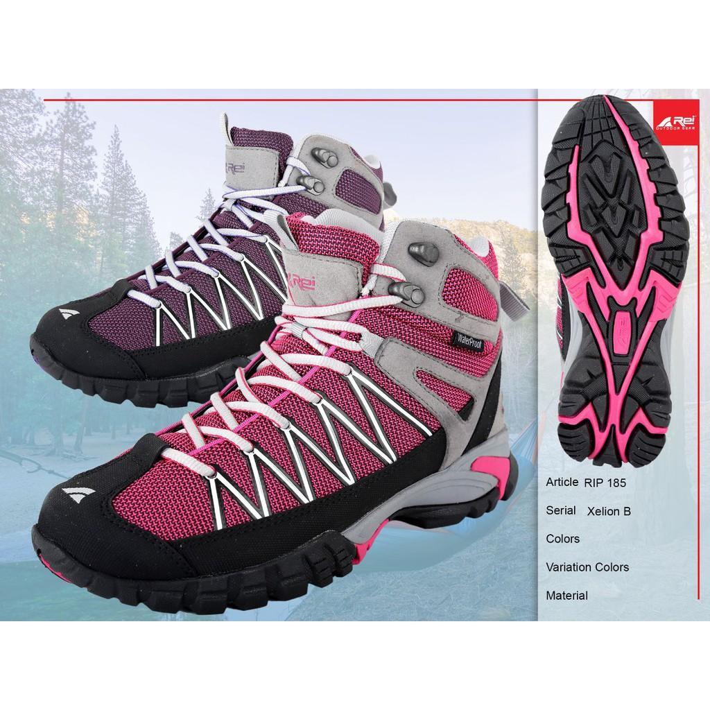 Sepatu Gunung Rei Xelion B