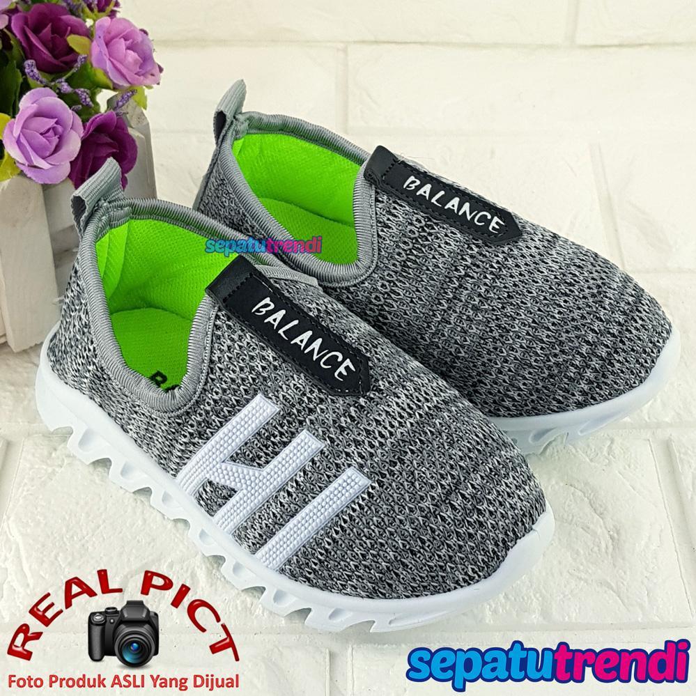 Fashion Anak Laki Jegging Size L 4 5 6 Tahun Jeging Celana Panjang Joger Sepatu Sneaker