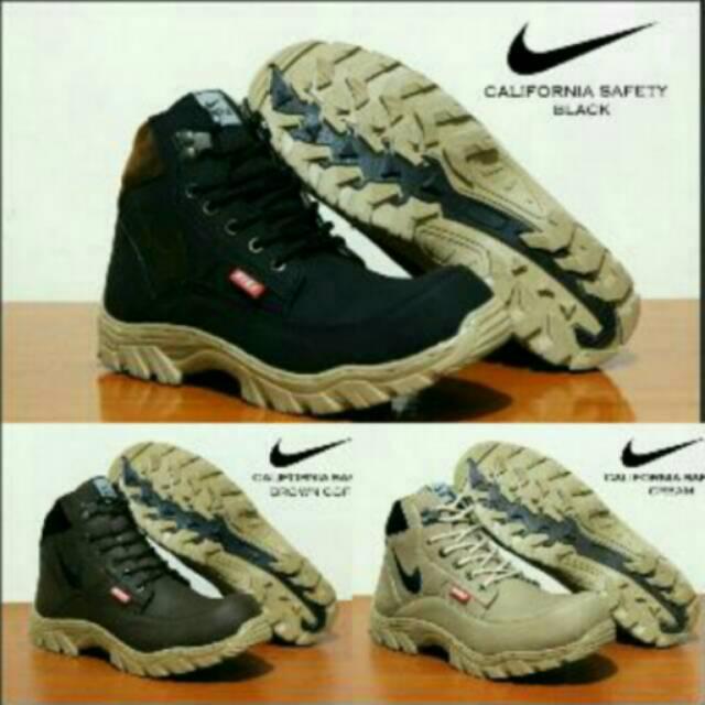 Nike boots safety california 3 warna