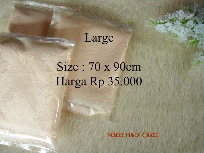 Alas Foto Bulu Large 70x90cm | Alas Foto Kain Bulu Cream | Alas Foto