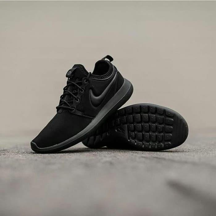 a1f03e3dbd3 spain nike roshe run v2 premium orginal sepatu fitness sepatu running fe4ac  5036a