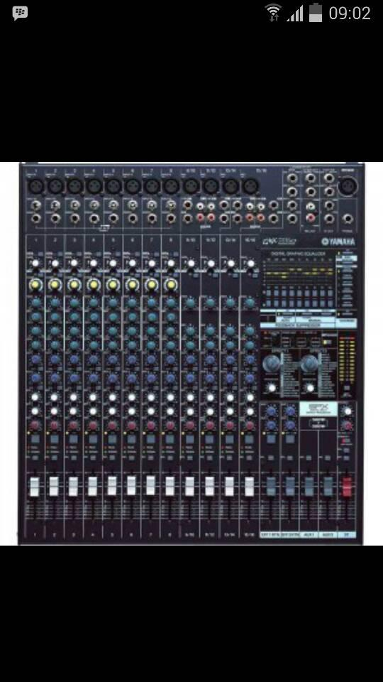 Power mixer Yamaha EMX 5016cf ( 16 Channel )
