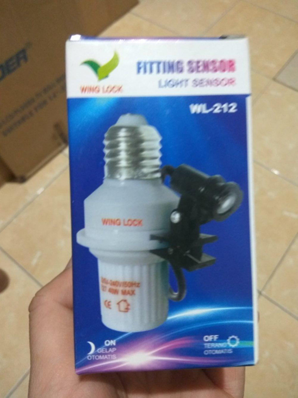 Fitting Sensor Cahaya Terbagus Light Sensor 220V 40W Night Swicth