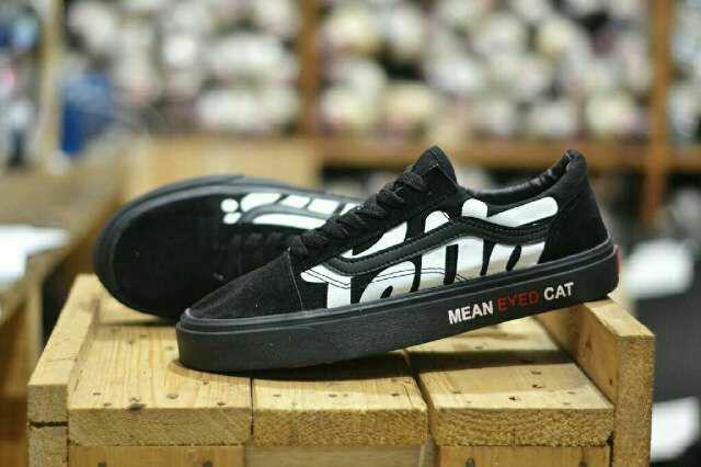 Sepatu Pria Vans Patta Black Waffle DT Full Black Sekolah Casual Sneakers Skat Skaters Slip on Full Hitam