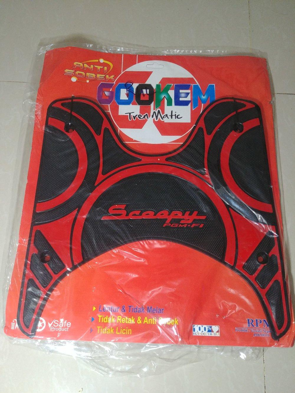 Karpet Scoopy Fi 2017 - 2018 New Hitam Merah Anti Sobek