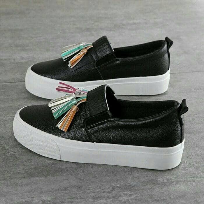 Sepatu wanita sneakers/Sepatu wanita flat/Sepatu wanita wedges/Sepatu wanita heels/