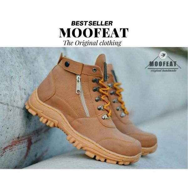 Sepatu Safety Pria kerja kantor nonformal / Sepatu Boots pendek mini Semata Kaki Bahan Kulit Sapi Asli- Hitam Model Halus EWN Sepatu Boots / Sepatu Hiking / Sepatu Touring / Sepatu Kasual Pria / Sepatu Biker / Sepatu Safety