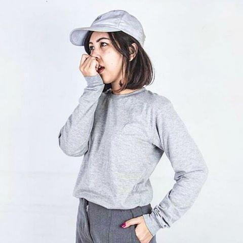 Baju Kaos Polos Oblong Lengan Panjang WHITE MISTY / Kaos Tangan Panjang / Long Sleeve Putih