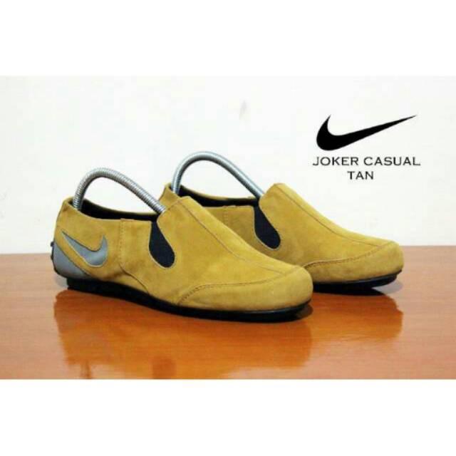 Sepatu Nike slop slip on joker kulit suade men shoes