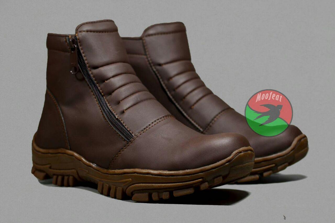 Jual Sepatu Boot Formal Murah Garansi Dan Berkualitas Id Store Bsm Soga 275 Boots Kerja Pria Kulit Asli Elegan Hitam Pantofel Resleting Kantor Sapi Asliidr210000 Rp 210000
