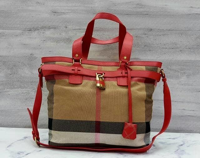 Burberry Tote Lock Bag / Hand Bag / Tas Wanita Branded / Tas Kerja - BAFodx