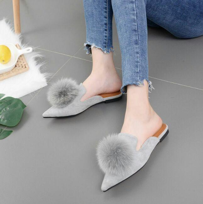 ID-SHOES SLIP ON WANITA SLOP PONPOM
