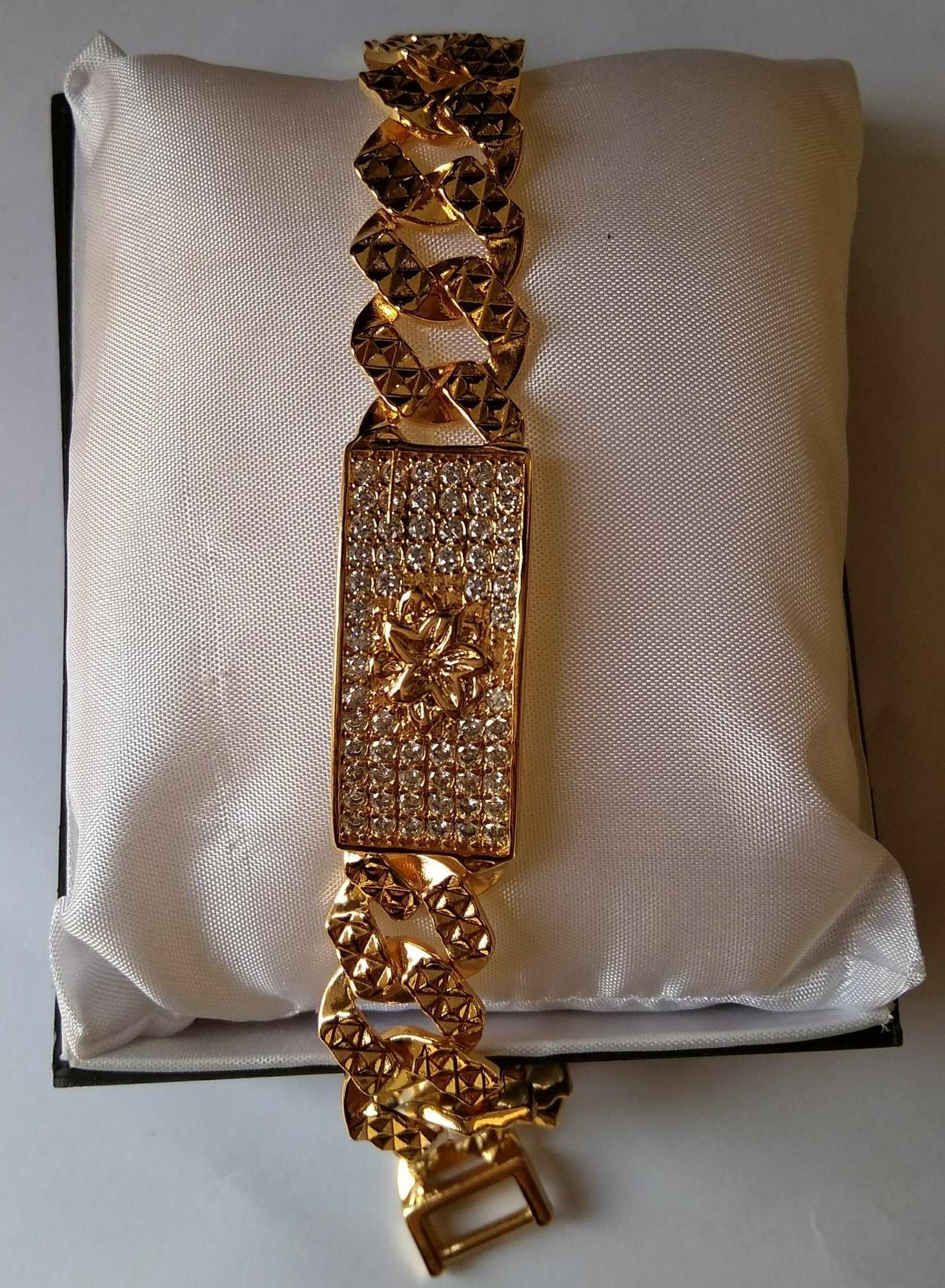2016 Baru Jam Gelang Wanita Perhiasan Emas Update Daftar Tiaria Fluttering Butterfly Bracelet Berlian Xuping Cantik Motif Tengah Berlapis Gold
