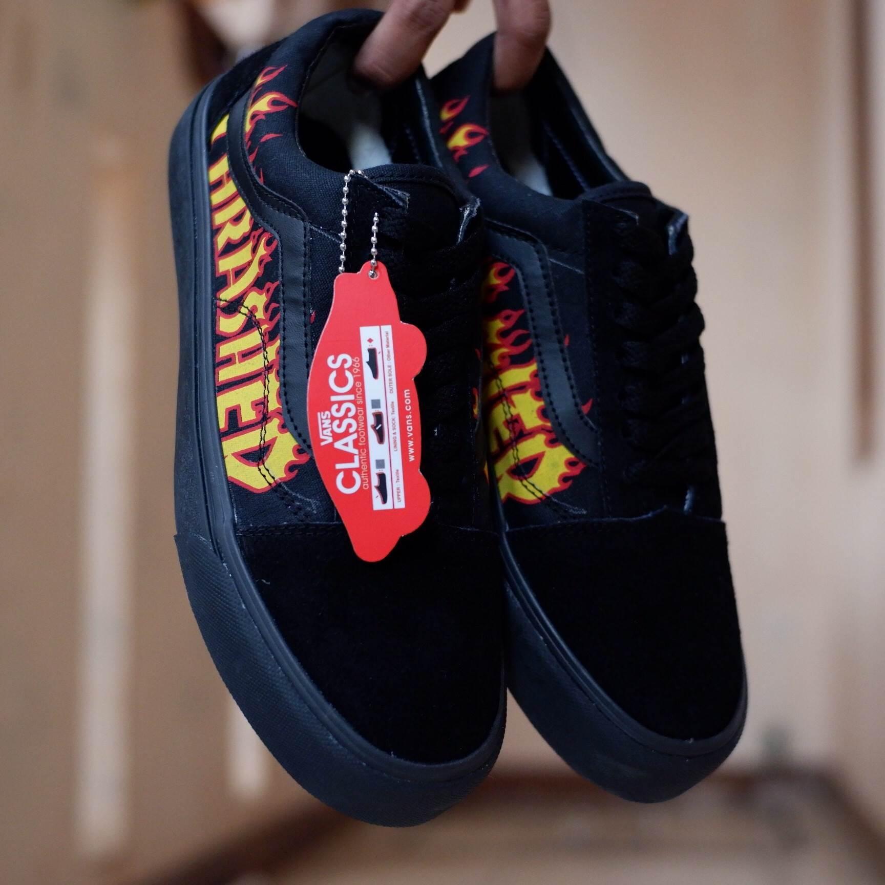 Sepatu fashion old school full bleck