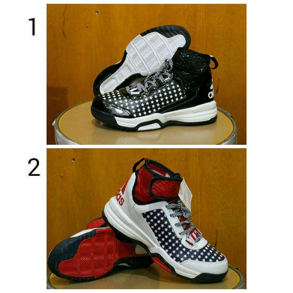 Promo Sepatu basket Adidas ukuran besar size 45 Diskon
