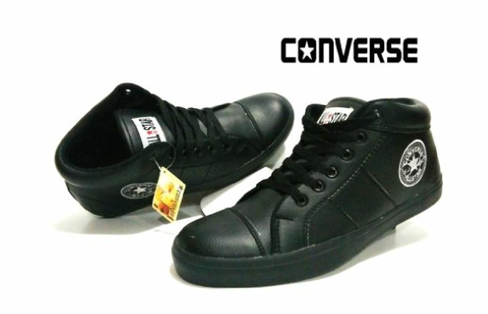 Promo Sepatu Converse All star Semi Kulit untuk pria wanita warna full hitam  Fashion