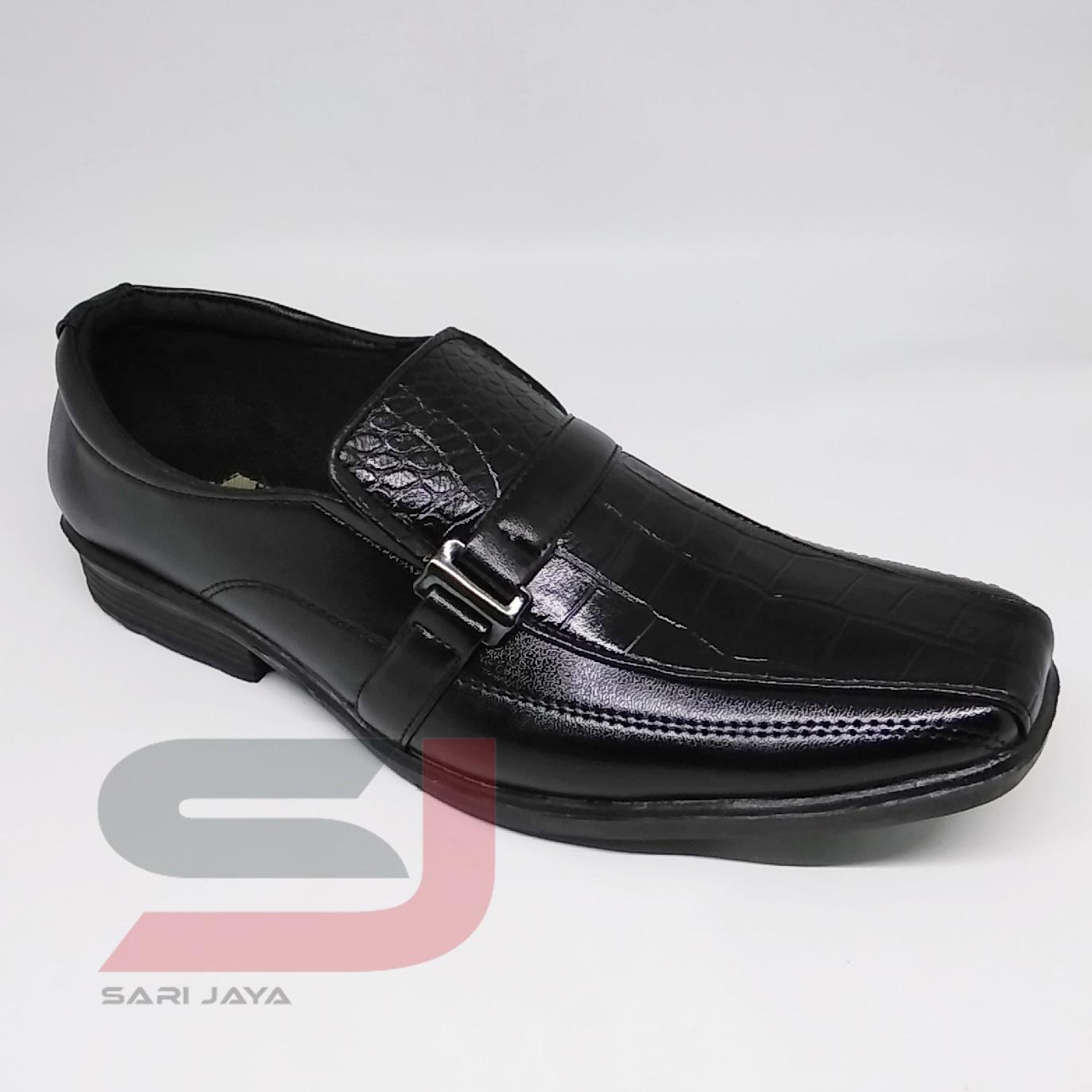 Jual Murah Dr Kevin Men Formal Shoes 13332 Black Hitam 40 Terbaru Manzone Comet 2 Mznmzy18 01spmals048bk Xs Xl Domino Sepatu Kerja Pantofel Karet Pria Bahan Kulit