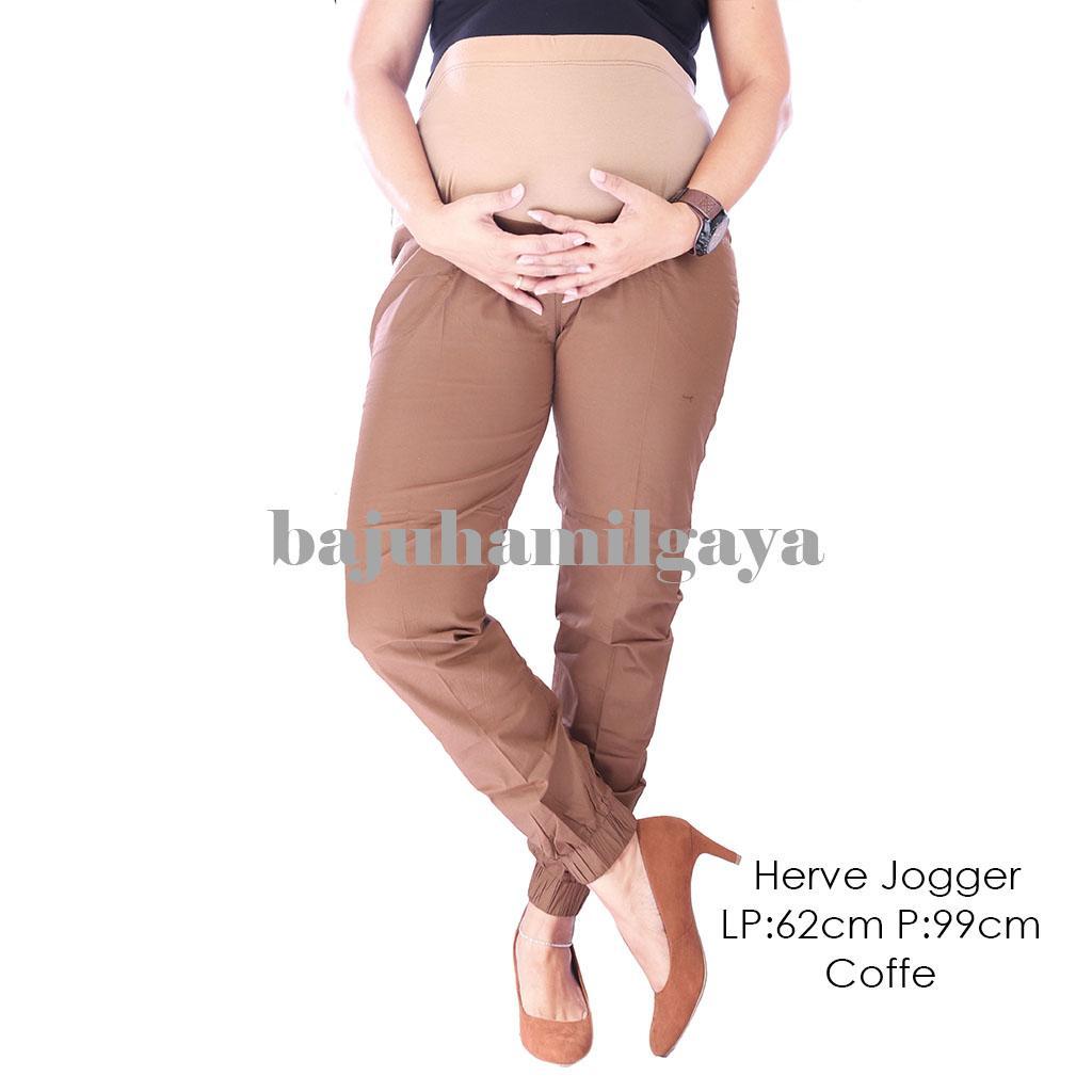 Celana Hamil - HERVE JOGGER PANTS COFFE- Celana Hamil / Celana Hamil Murah / Celana Ibu Hamil / Baju Hamil / Celana Ibu Hamil Kerja / Celana Jeans Hamil / Baju Hamil Murah / Baju Hamil Modis / Baju Hamil Modern / Celana Hamil Kerja / Wanita / Kekinian