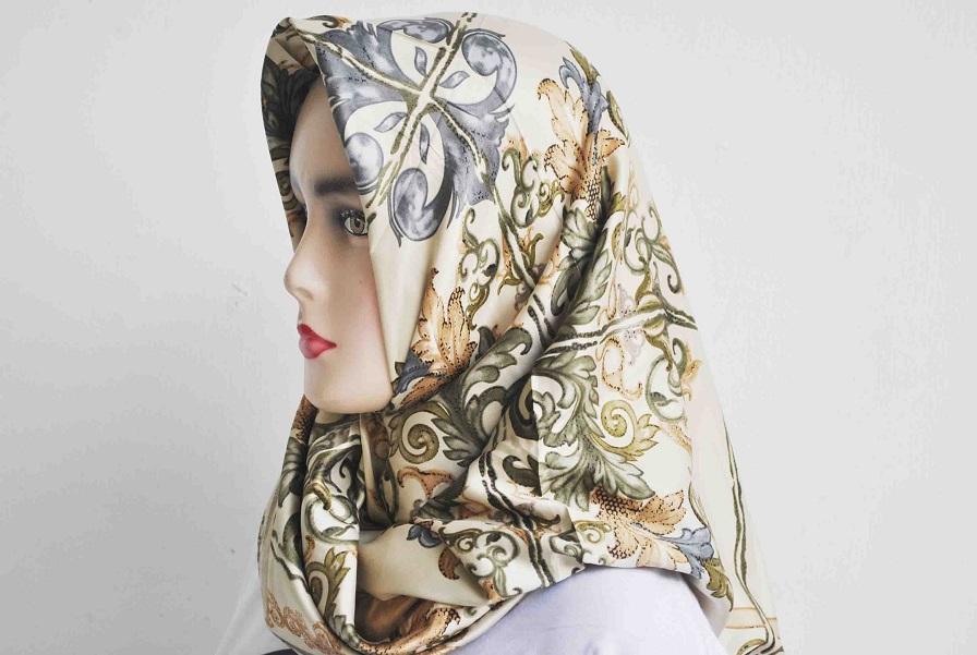 Kerudung Segi Empat - Cotton Japan - Zaskia Black