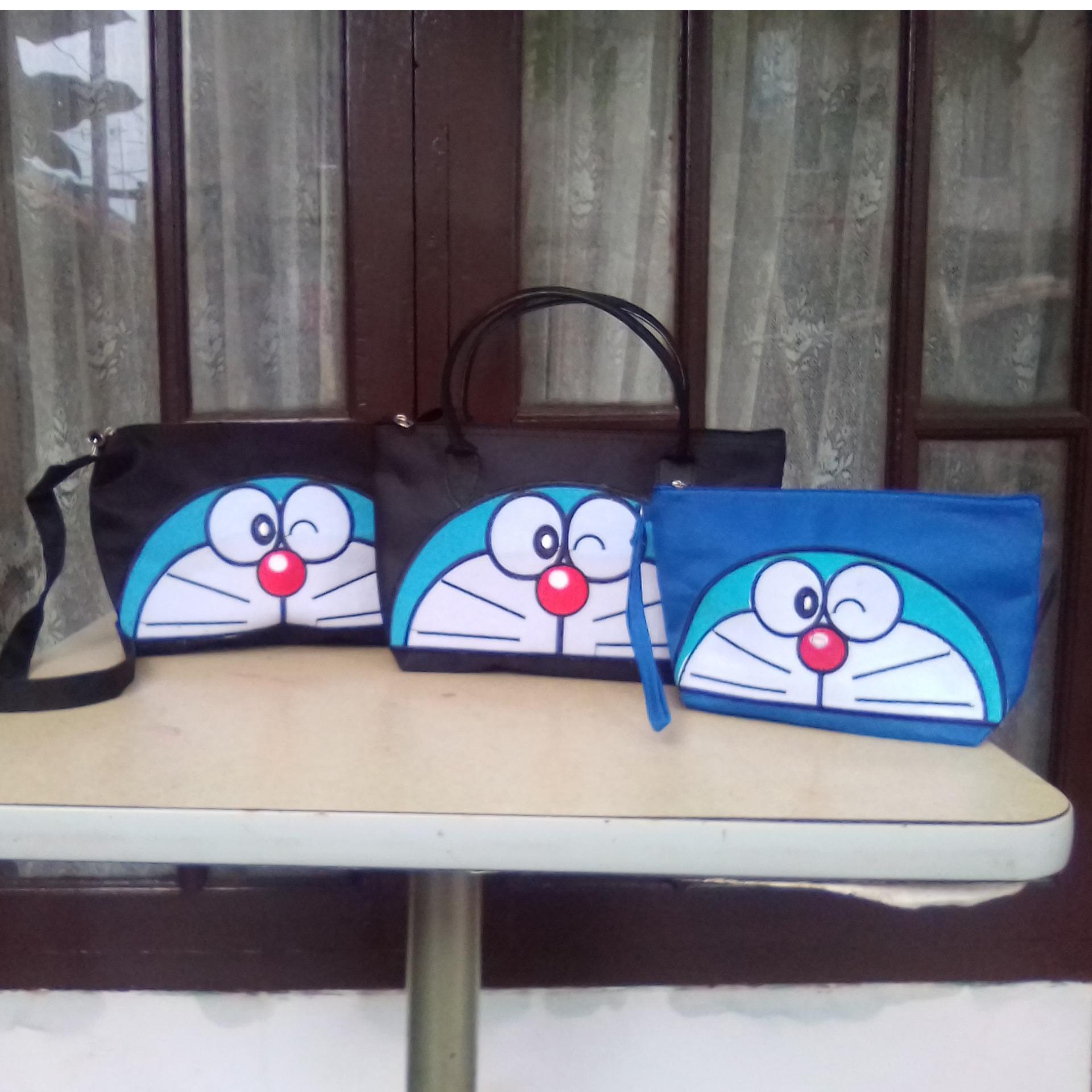 Paket Tas Hand Bag Wanita, Selendang & Pouch Doraemon Bordir